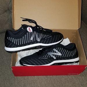 Men's Minimus New Balance Sneakers